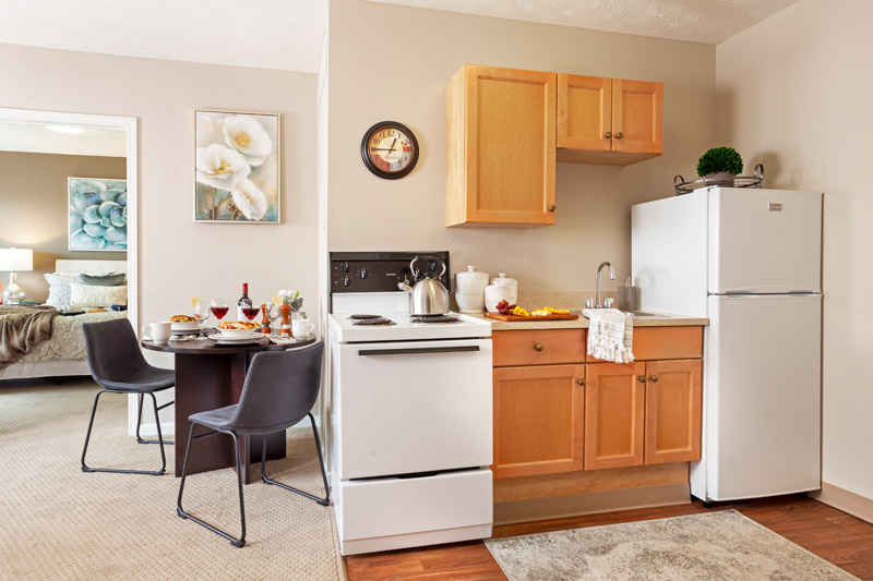 One Bedroom Kitchenette